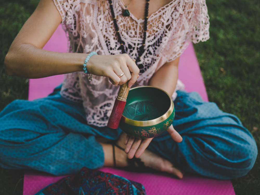 Sound Baths - The Easy Way to Meditate and De-Stress